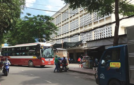 Kien nghi dep ben xe tra hinh Thanh Buoi de xay truong hoc - Anh 1