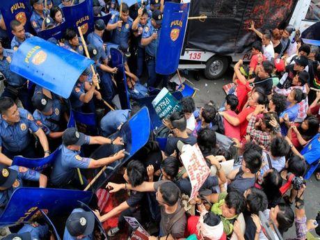 Phan ung cua My khi Duterte tuyen bo cat dut quan he - Anh 1