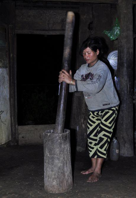 Lang biet lap giua nui rung Ca Dam - Anh 8