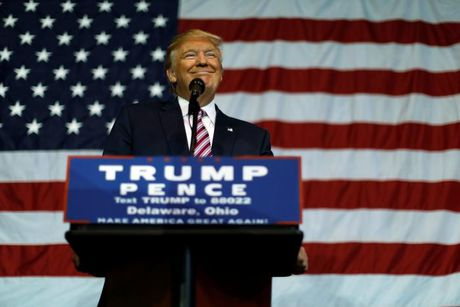 Trump tuyen bo se chap nhan ket qua bau cu neu thang - Anh 1