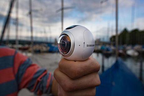 360 giay tiep xuc sieu an tuong ve Gear 360 - Anh 1
