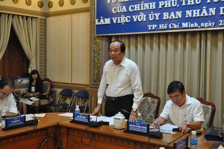 Bo truong Mai Tien Dung len tieng vu danh nhan vien hang khong - Anh 1