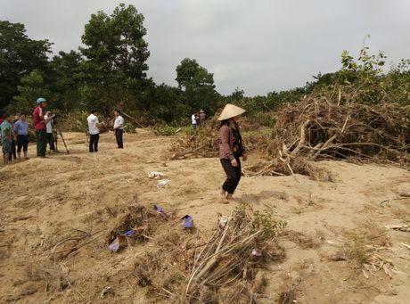 Buoi Phuc Trach tan hoang sau xa lu thuy dien Ho Ho - Anh 7