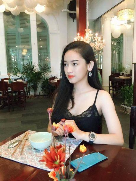 Tinh day sau 'tu tu', Thuy Vi bong xinh dep hon boi phan - Anh 5
