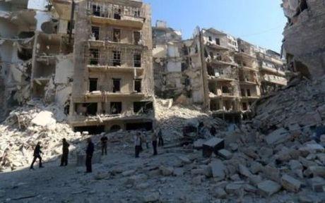 500 nguoi thiet mang sau gan 1 thang giao tranh o Aleppo - Anh 1
