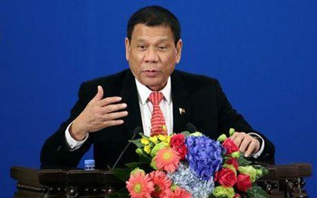 Bo truong cua Philippines giai thich binh luan cua Duterte ve My - Anh 1