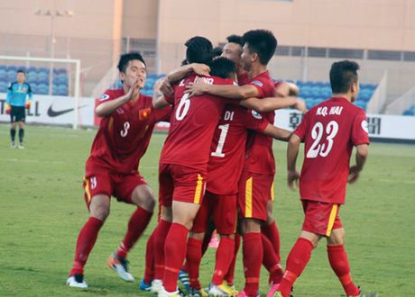 'U19 Viet Nam co the tao nen bat ngo o tu ket' - Anh 2