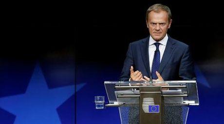 So khung hoang, EU luc duc vi trung phat Nga - Anh 1