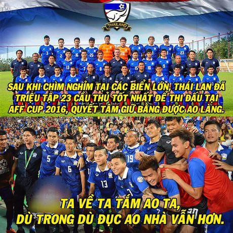 Anh che: Thai Lan quyet 'choi kho mau' tai AFF Cup; Dai gia chau A dau don vi khong 'chung mam' U19 Viet Nam - Anh 1