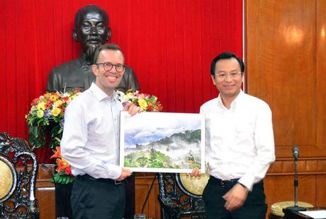 Lanh dao TP Da Nang tiep Dai su New Zealand tai Viet Nam - Anh 1