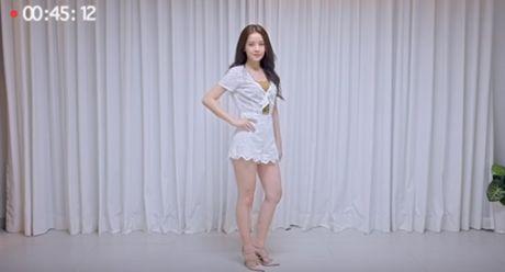 Chi Pu mac sang chanh khi dong vai 'minh tinh quoc dan' - Anh 9