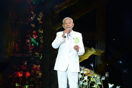 Man to tinh cua cu ong 78 tuoi lam Tuan Ngoc, Quynh Huong 'tan chay' - Anh 3