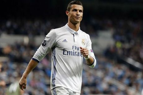 "Real: Chu tich Perez tu choi ""yeu sach"" cua Ronaldo - Anh 2"