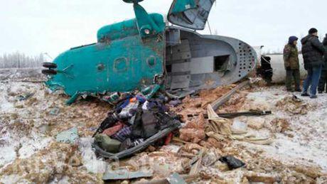 May bay truc thang Mi-8 Nga roi chi 3 nguoi song sot - Anh 1