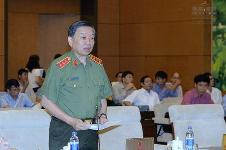 Bo truong Cong an chi dao lam ro vu 'nuoc mam asen' - Anh 1