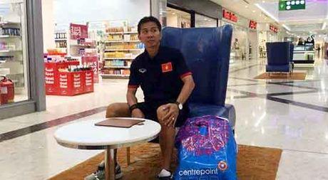 U19 Viet Nam ung ho dong bao lu lut mien Trung - Anh 3