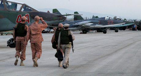 Tuong Shoigu tiet lo ve nhung thieu sot cua vu khi Nga nho chien truong Syria - Anh 1