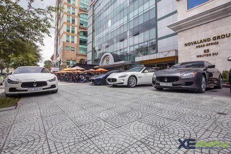 Dan xe quy toc Maserati giao luu cuoi tuan tai Saigon Coffee Club - Anh 2