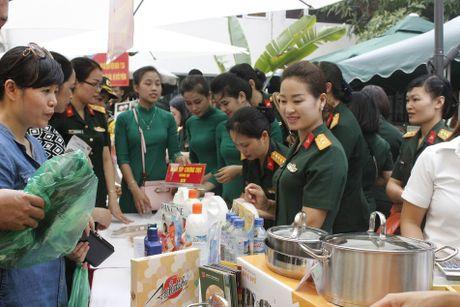 Ngay hoi Mottainai 'Trao yeu thuong –Nhan hanh phuc' - Anh 1