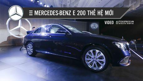Dien kien Mercedes-Benz E 200 the he moi vua trinh lang thi truong Viet Nam - Anh 1