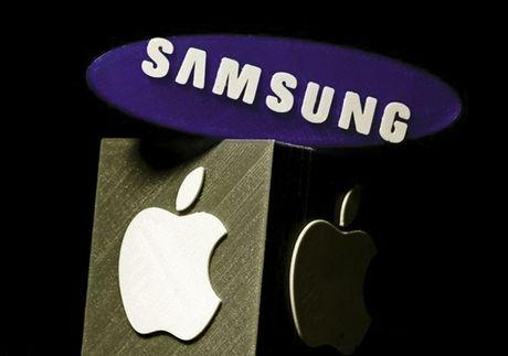 Samsung thua Apple 399 trieu USD tien vi pham ban quyen? - Anh 1