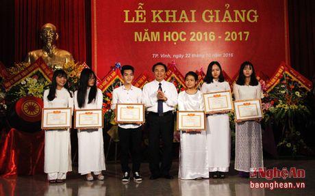 Gan 1.500 tan sinh vien Dai hoc Y khoa Vinh don chao nam hoc moi - Anh 5