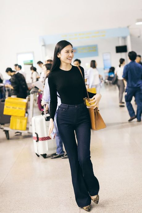 Ngoc Trinh dep hut hon giua mua thu Han Quoc - Anh 4