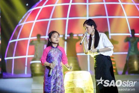 Phuong Thanh xuat hien voi mai dau troc, Hong Nhung dua 2 con di tong duyet Liveshow 6 - Anh 7