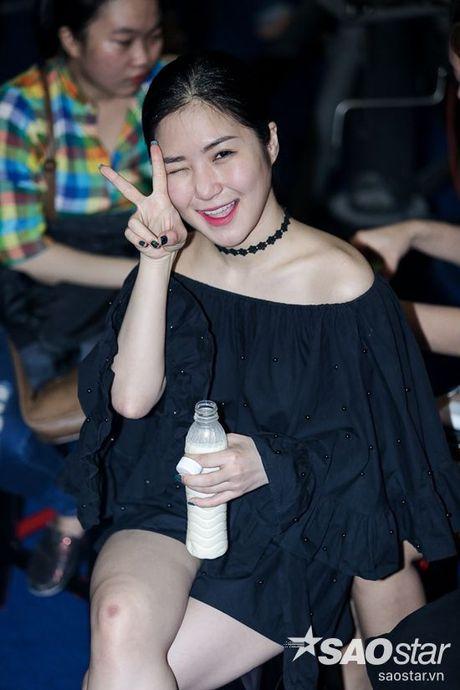 Phuong Thanh xuat hien voi mai dau troc, Hong Nhung dua 2 con di tong duyet Liveshow 6 - Anh 8
