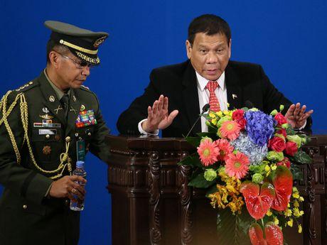 Philippines vat va giai thich tuyen bo chia tay My - Anh 1