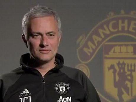 Mourinho: 'Toi da khong khoc' - Anh 1
