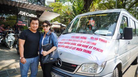 Ly Hung va em gai mang gao, thuoc cho nguoi dan vung lu - Anh 1