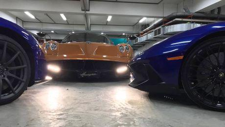 Pagani Huayra khoe dang trong ham de xe cua Minh Nhua - Anh 1