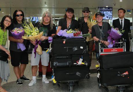 Ban nhac huyen thoai Scorpions dat chan den Viet Nam - Anh 3