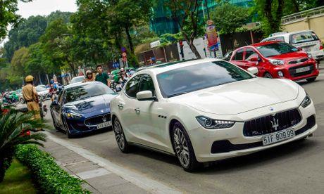 Dan xe sang Maserati xuat hien o trung tam Sai Gon - Anh 11