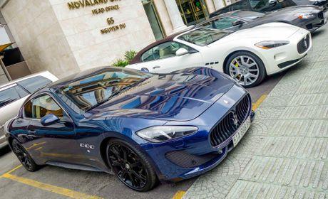 Dan xe sang Maserati xuat hien o trung tam Sai Gon - Anh 2