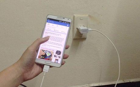 Nhung nguyen nhan khien smartphone phat no va cach phong tranh - Anh 1