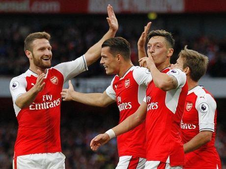 Truc tiep Arsenal vs Middlesbrough: Lay qua sinh nhat tang Giao su - Anh 1