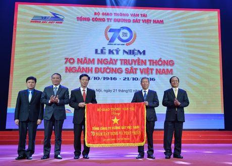 Duong sat Viet Nam tu hao truyen thong 70 nam - Anh 1