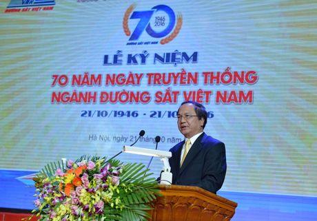 Duong sat Viet Nam tu hao truyen thong 70 nam - Anh 3