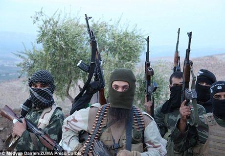 IS dien cuong tan sat gan 300 dan thuong o Iraq - Anh 1