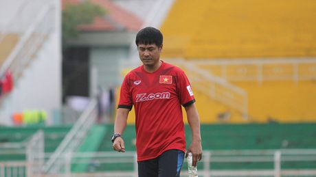 HLV Huu Thang quyet tam cai to hang thu cua doi tuyen Viet Nam - Anh 1