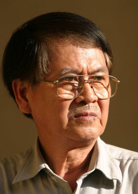 Vinh biet nha van Le Van Thao: Chen ruou doi da can - Anh 1