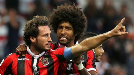 DHTB luot tran thu ba vong bang Europa League: Vinh danh Pogba - Anh 3