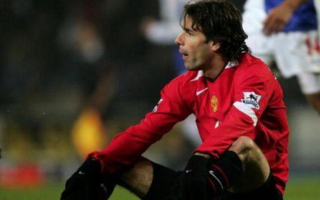 Top 10 chan sut vi dai nhat Champions League: Messi tien sat Ronaldo - Anh 8