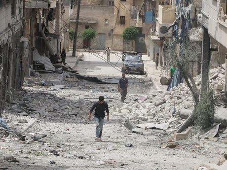 Ngoai truong Phap keu goi cham dut 'cuoc tham sat' o thanh pho Aleppo - Anh 1