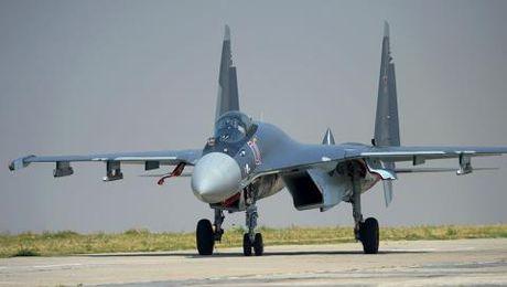 Su-35 lan dau ra tay tieu diet chien binh o Syria - Anh 1