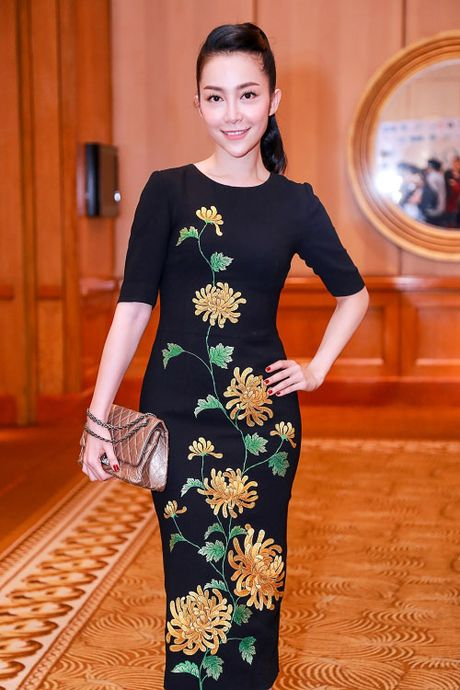 Hang hieu nhieu vo ke cua 'chim cong lang mua' Linh Nga - Anh 12