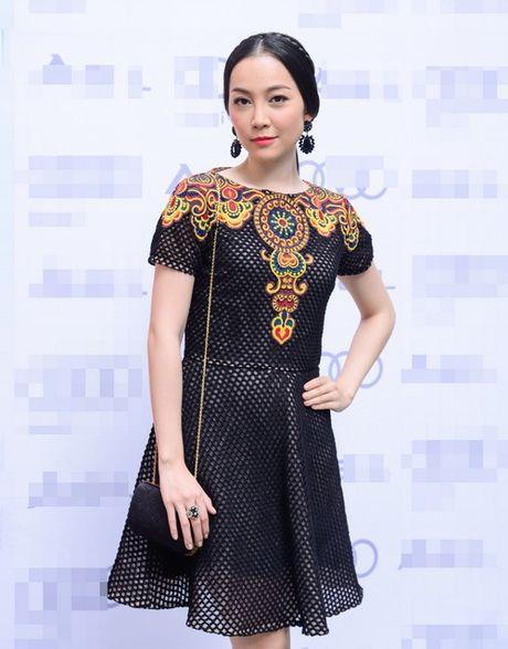 Hang hieu nhieu vo ke cua 'chim cong lang mua' Linh Nga - Anh 2