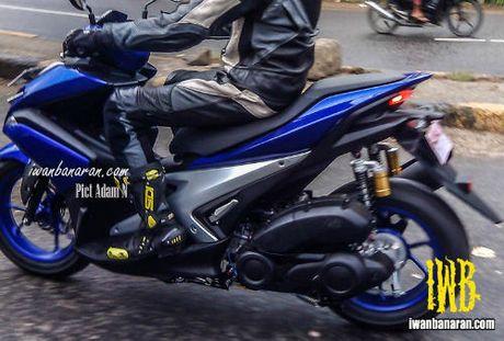 Lo anh Yamaha NVX 150 khong nguy trang chay thu - Anh 1